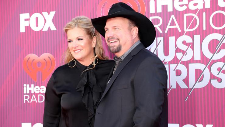 Garth Brooks And Trisha Yearwood Donate $1 Million To Coronavirus Efforts