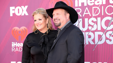 image for Garth Brooks And Trisha Yearwood Donate $1 Million To Coronavirus Efforts
