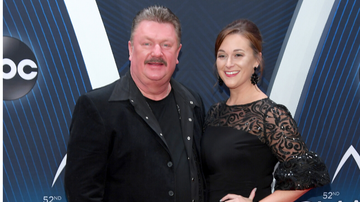 image for Joe Diffie's Wife Tara Shares Their Last Photo Taken Together