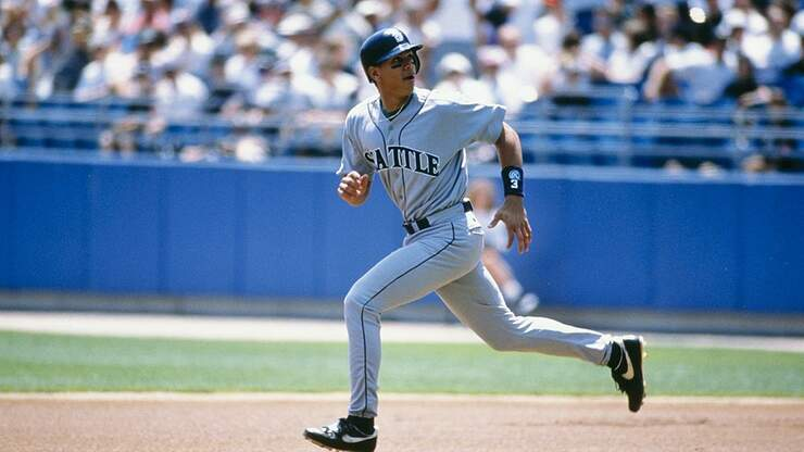 Mariners vs White Sox is first March game in MLB history 14 years ago today | Seattle's Sports Radio 950 KJR | Seattle Sports