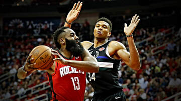 image for Giannis Antetokounmpo Says James Harden is the Toughest NBA player to Guard
