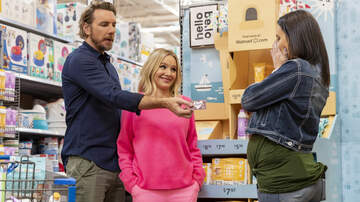 image for Kristen Bell and Dax Shepard Have Created  A Virtual Camp For Kids