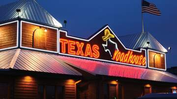 image for Texas Roadhouse CEO foregoes salary for 1 year to pay his workers