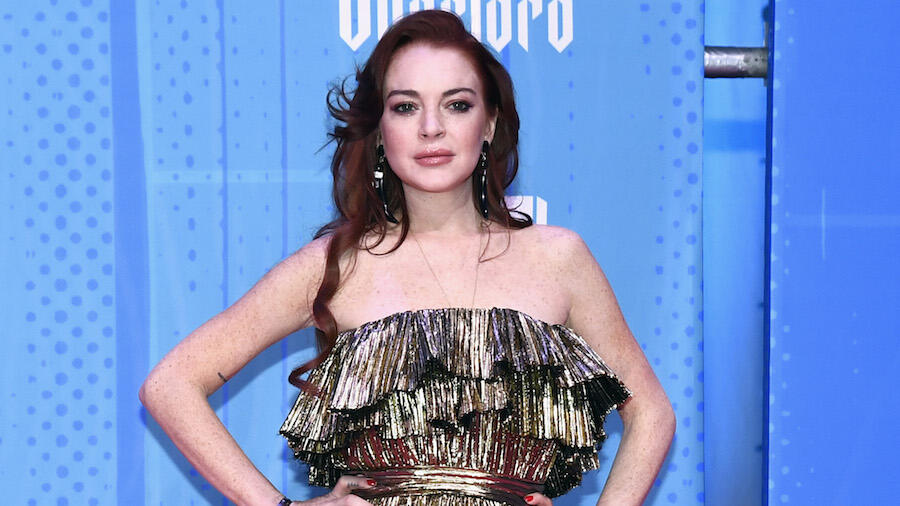 Lindsay Lohan Rediscovers Herself In New Song 'Back To Me'