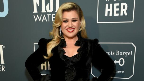 Kelly Clarkson On Botox Fears: 'I'm Gonna Have Every Wrinkle In The World'