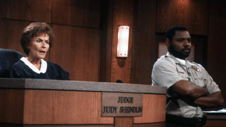 'Judge Judy' Announcer Jerry Bishop Dead at 84