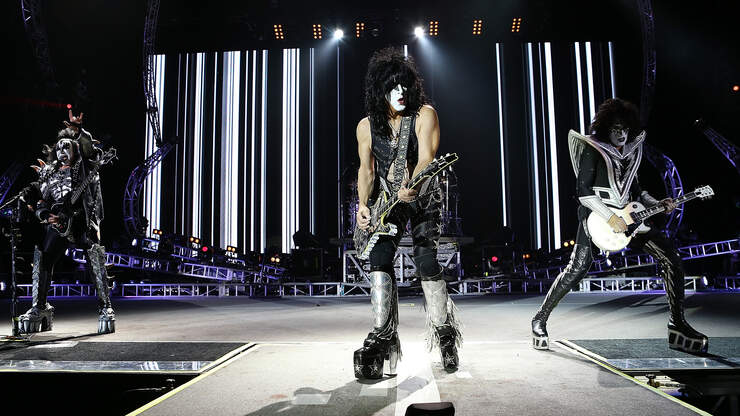 KISS TO PLAY 'COLDEST PLACE ON EARTH'