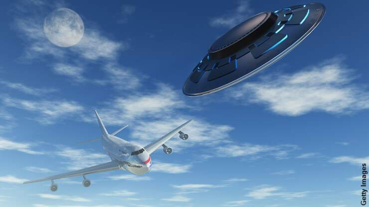 UFO Nearly Hits Airliner Over England
