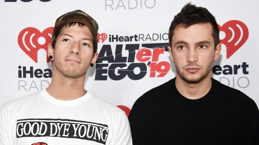 Twenty One Pilots No Longer The Only Band To Spend 30 Weeks At No.1