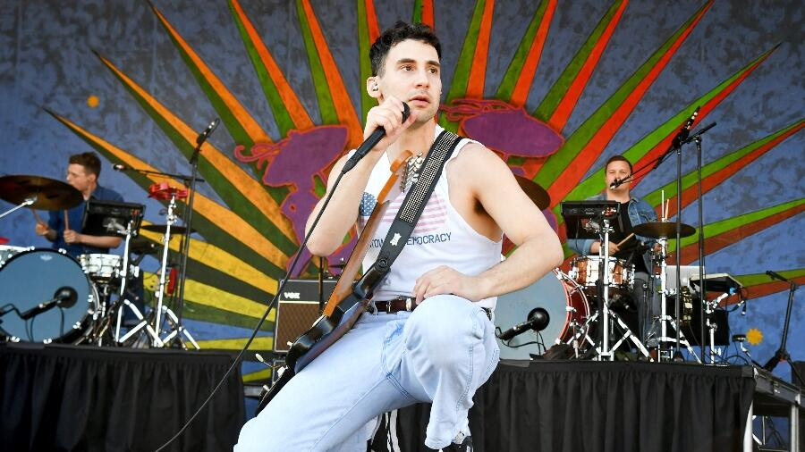 Bleachers Perform A Whole Set While Traveling On Bus From NYC To New Jersey