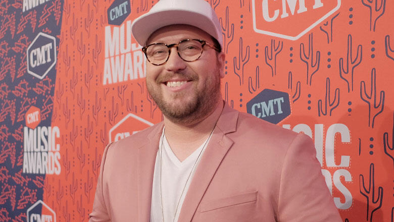 Mitchell Tenpenny Reimagines Lewis Capaldi's 'Someone You Loved'