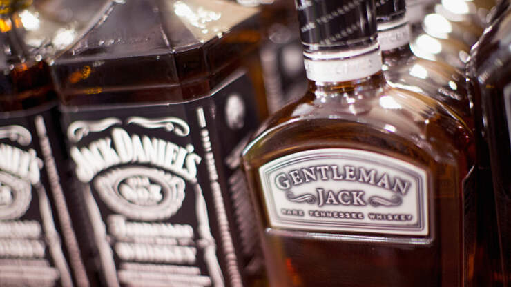 Florida Man Calls 911 Repeatedly For Jack Daniels and Ice ...