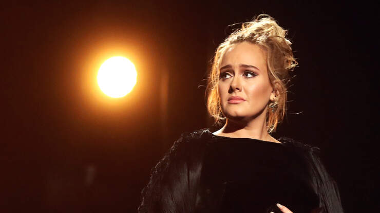 Adele Breaks The Internet | 100.3 WNIC | Jay Towers