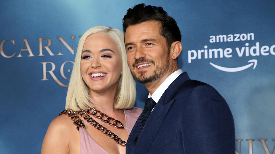 Katy Perry & Orlando Bloom Bring Out Daughter Daisy For A Bike Ride