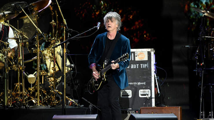 Neil Finn of Fleetwood Mac and Crowded House: God Only Knows | 97.3 KBCO | Robbyn Hart