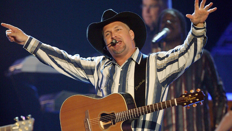Garth Brooks Announces Nationwide Drive-In Theater Concert