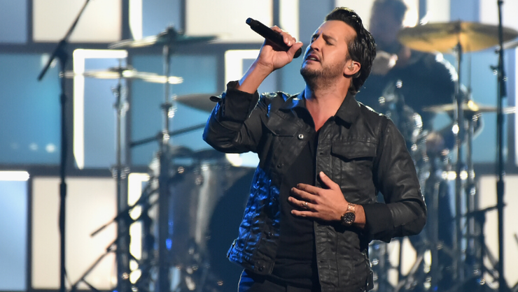 Luke Bryan Debuts Emotional New Song, 'Build Me a Daddy'