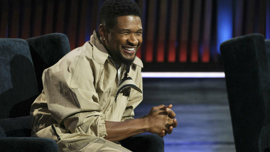 Usher Recalls Crying In A Pitch Black Room Before Writing 'Burn'