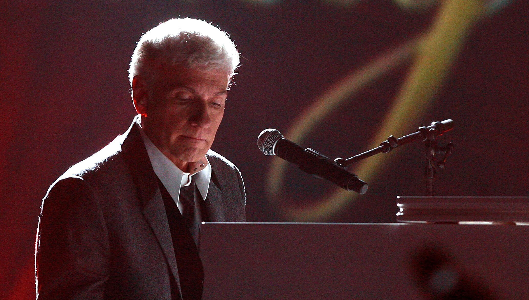 Dennis DeYoung Takes On The News Media In New Solo Single, Music Video