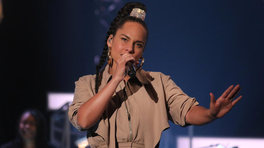 Alicia Keys Honors Lives Lost To Injustice On New Song 'Perfect Way To Die'