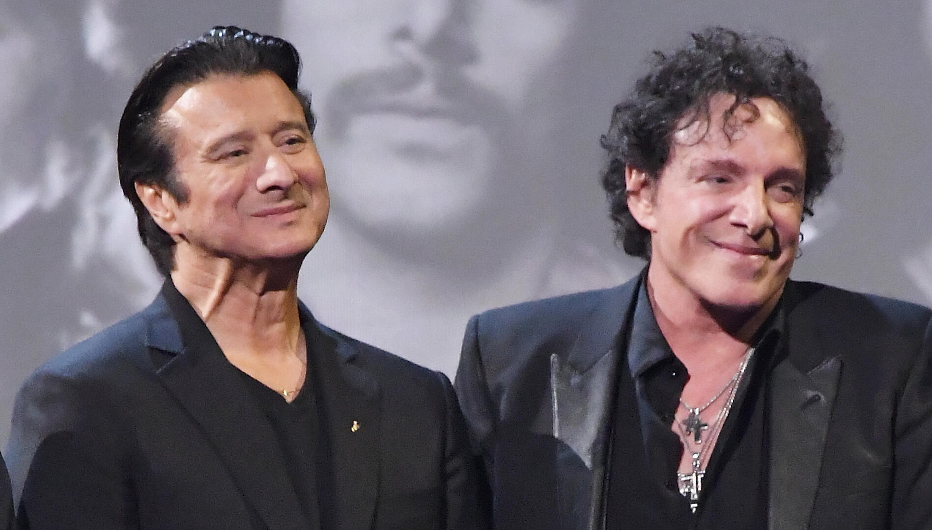 Neal Schon 'Clueless' As To Why Steve Perry Never Toured For His Solo Album