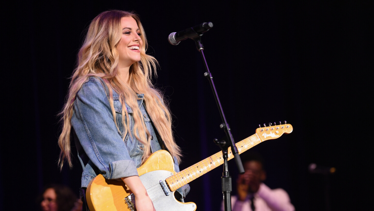 Lindsay Ell's Confidence Is Contagious In New Single 'Want Me Back'