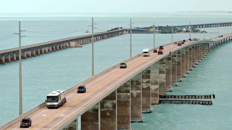 Sailboat Hits Seven Mile Bridge, Knocks Out Power To Lower Keys
