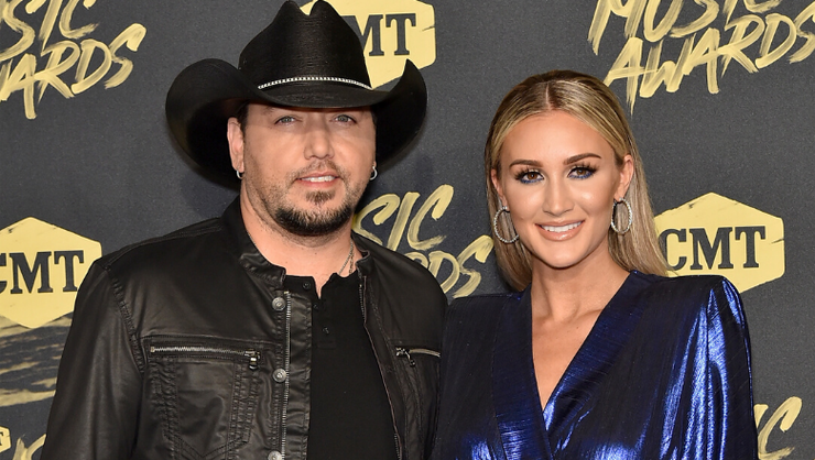 Jason Aldean's Wife And Family Star In New 'Got What I Got' Music Video