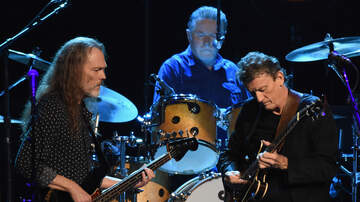 image for Steuart Smith Still Isn't An Official Member Of The Eagles After 20 Years