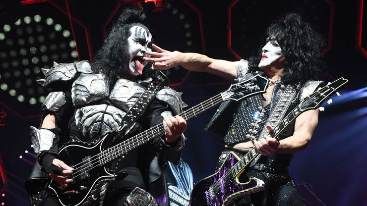 KISS's Paul Stanley Urges Fans To 'Wear Your Mask,' Listen To Virus Experts