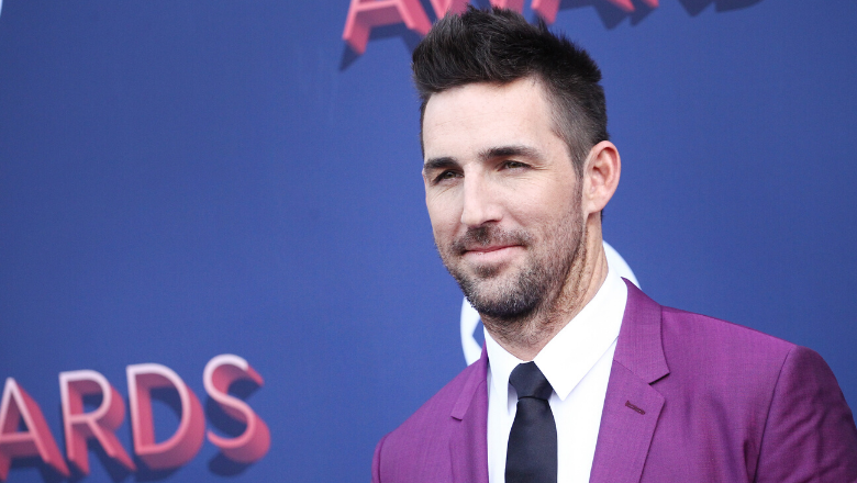 Jake Owen Shocks Fans With New Summer Haircut Iheartradio