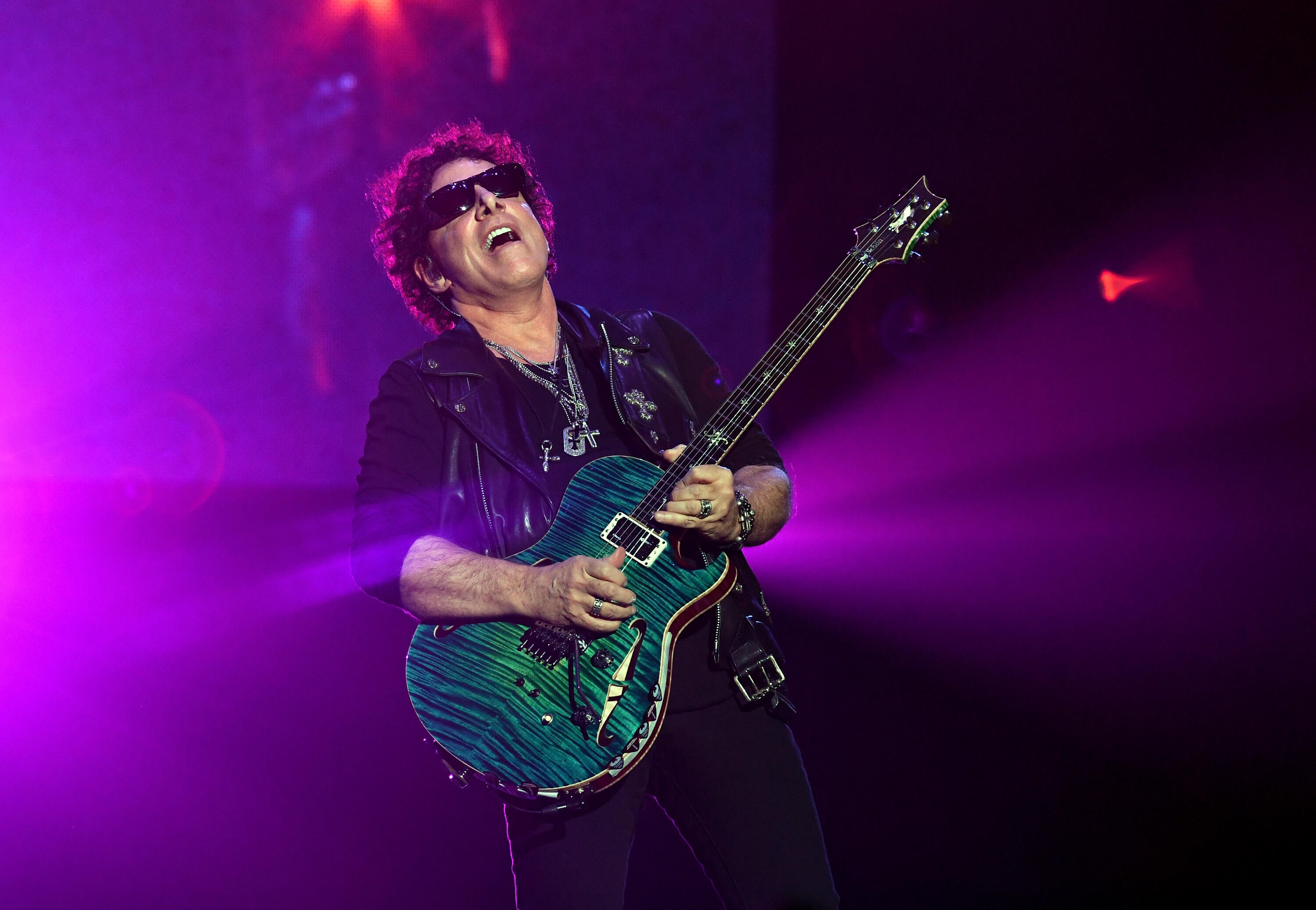 Neal Schon Feared For His Life When He Had Double Pneumonia On Tour