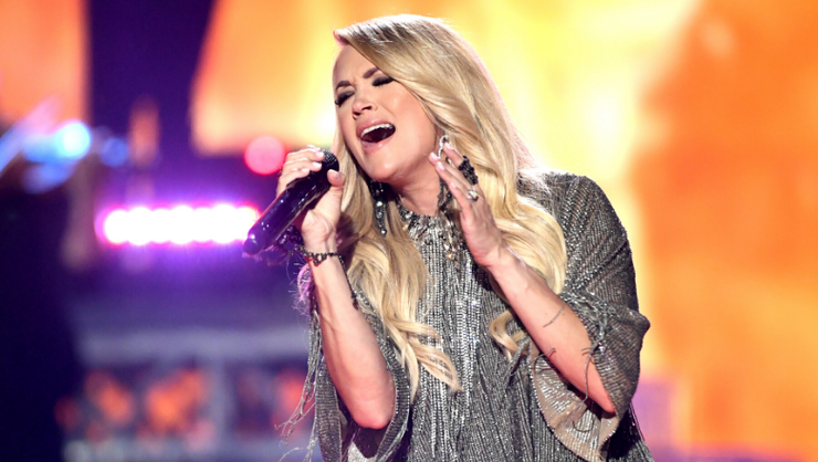 Carrie Underwood Officially Announces First Holiday Album, 'My Gift'