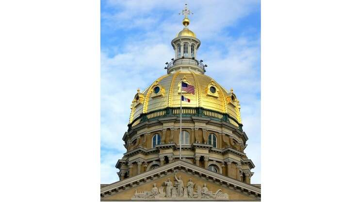 Latino Civil Rights Group Backs Iowa BLM Coalition Legislative Agenda