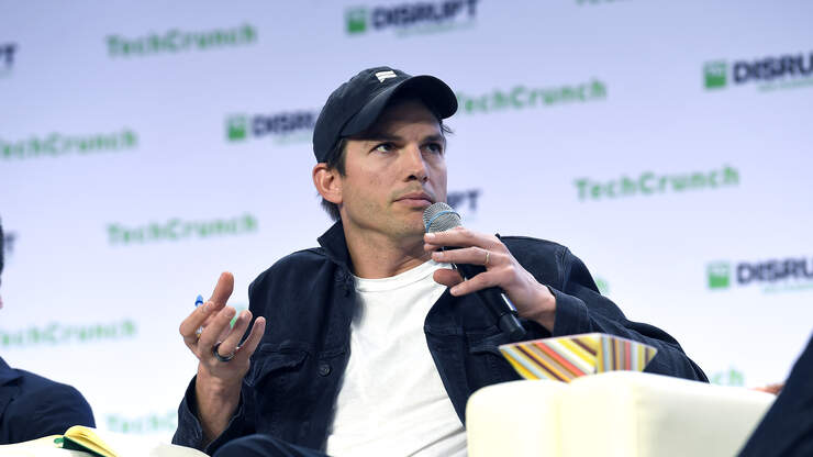 Ashton Kutcher Is Reading To Iowa Families Next Week