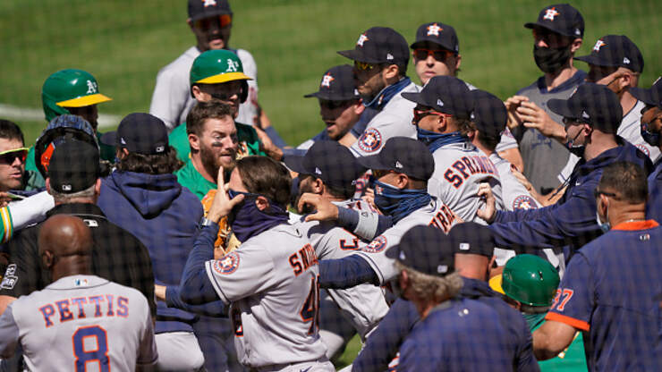 WATCH: Oakland & Astros Bench-Clearing BRAWL Ignoring MLB Covid-Rules