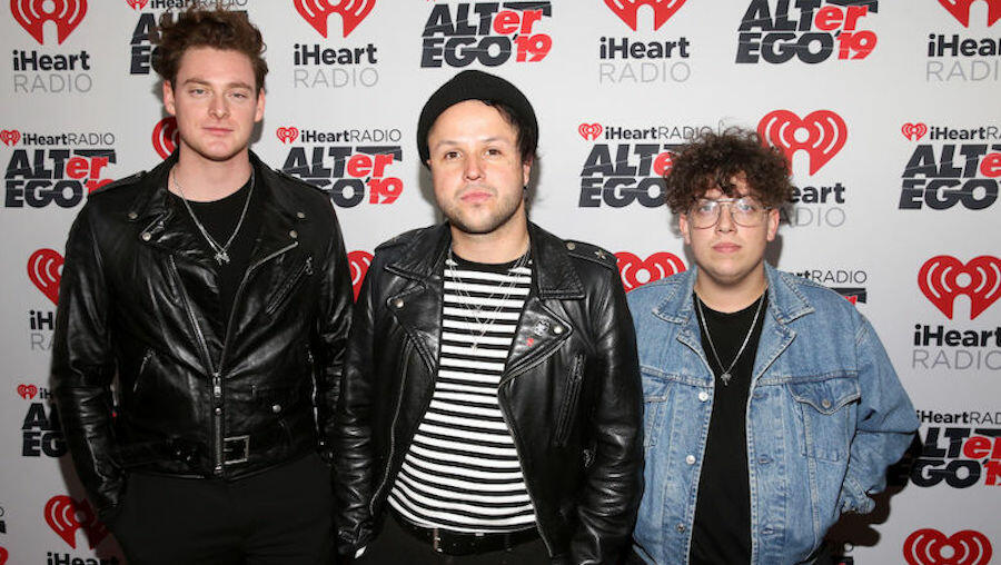 Lovelytheband Are Offering Up Prizes To Fans With The Best Summer Buzz Cut