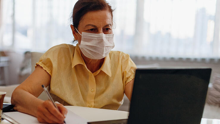 Wisconsin government agency orders employees to wear masks on Zoom calls even if they are at home