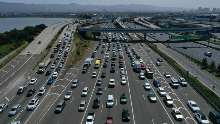 There Are More Cars On Area Freeways, But Fewer Traffic Jams. How's That?
