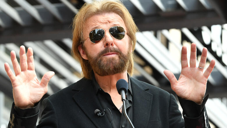 Ronnie Dunn Get's Clumsy When Pranked By Daughter