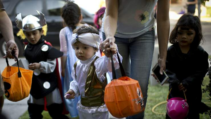 Hershey's Launches Website for Halloween Safety Tips