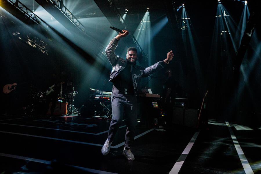 Usher Pulls Off Virtual Wave With Fans During iHeartRadio Music Festival