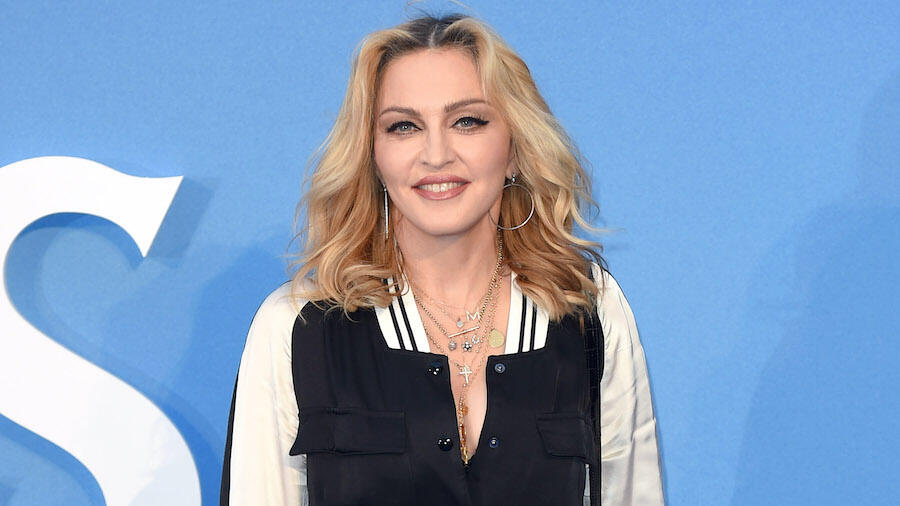 Madonna Makes Unrecognizable Transformation With New Pink Hair