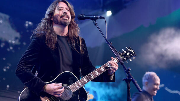 Foo Fighters Will Dedicate Madison Square Garden Show To Late Stage Manager