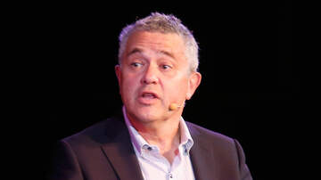image for Jeffrey Toobin On Leave From CNN After Exposing Himself On Zoom Call