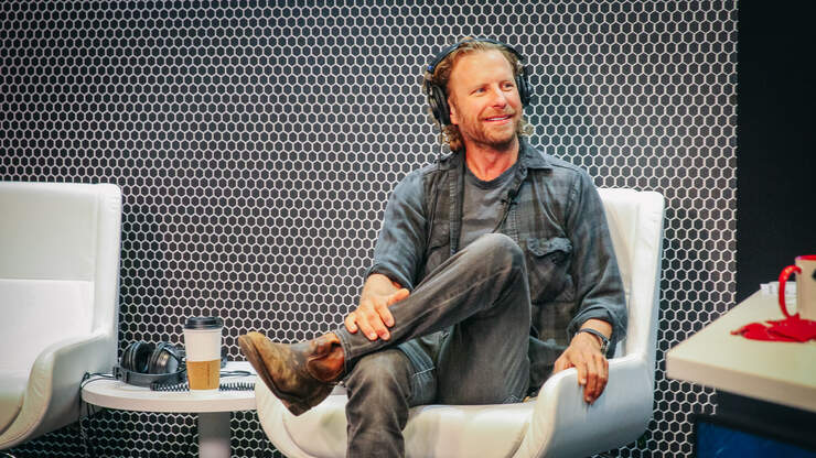 Dierks Bentley Still Paying His Band & Crew Full Salaries During Pandemic