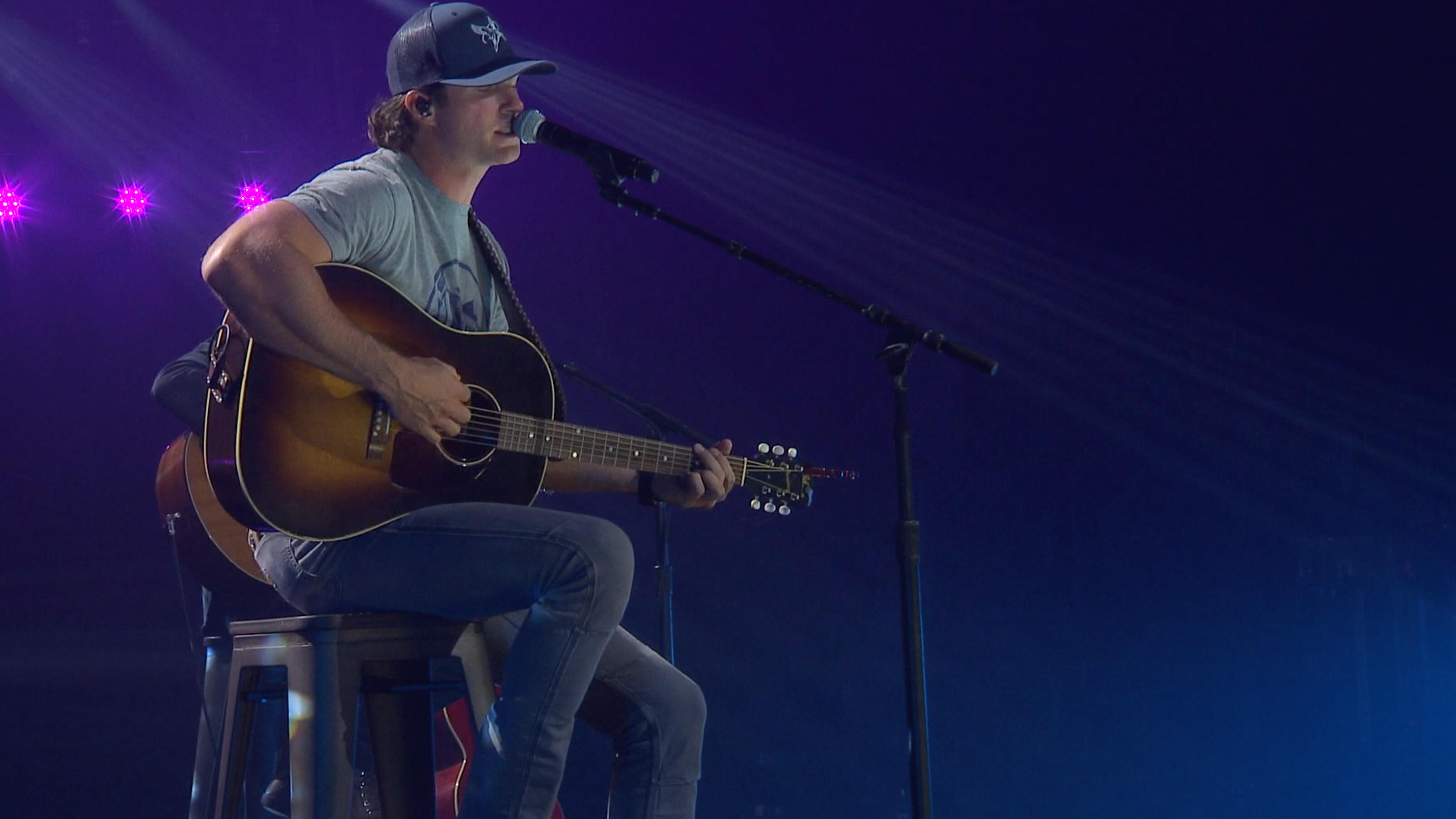 Riley Green Made His iHeartCountry Festival Debut With Acoustic Set