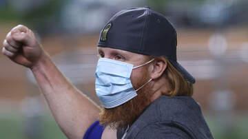 image for Justin Turner Joins World Series Celebration After Positive COVID Test