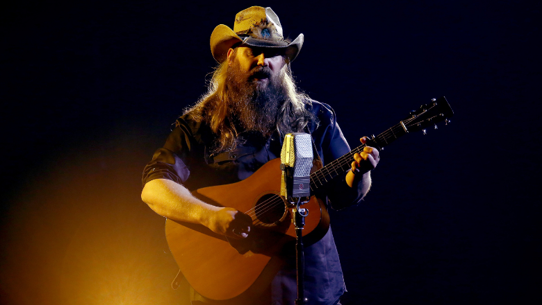 Chris Stapleton's 'Watch You Burn' Packs Powerful Message For Vegas Shooter