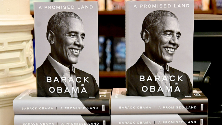 Barack Obama Breaks Single-Day Sales Records With His Memoir | BIN: Black  Information Network